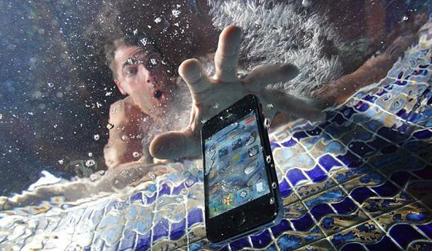 smartphone-mojado